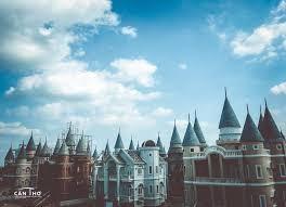 Những lâu đài châu Âu vừa đẹp vừa cổ kính vừa sang chảnh khó thể bì