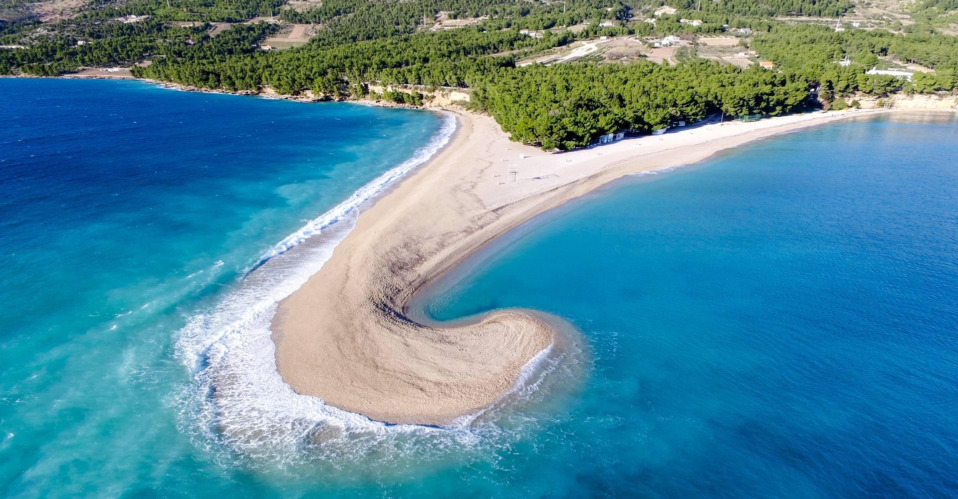 """Những bãi biển """"thiên đường"""" đẹp nhất châu Âu"""