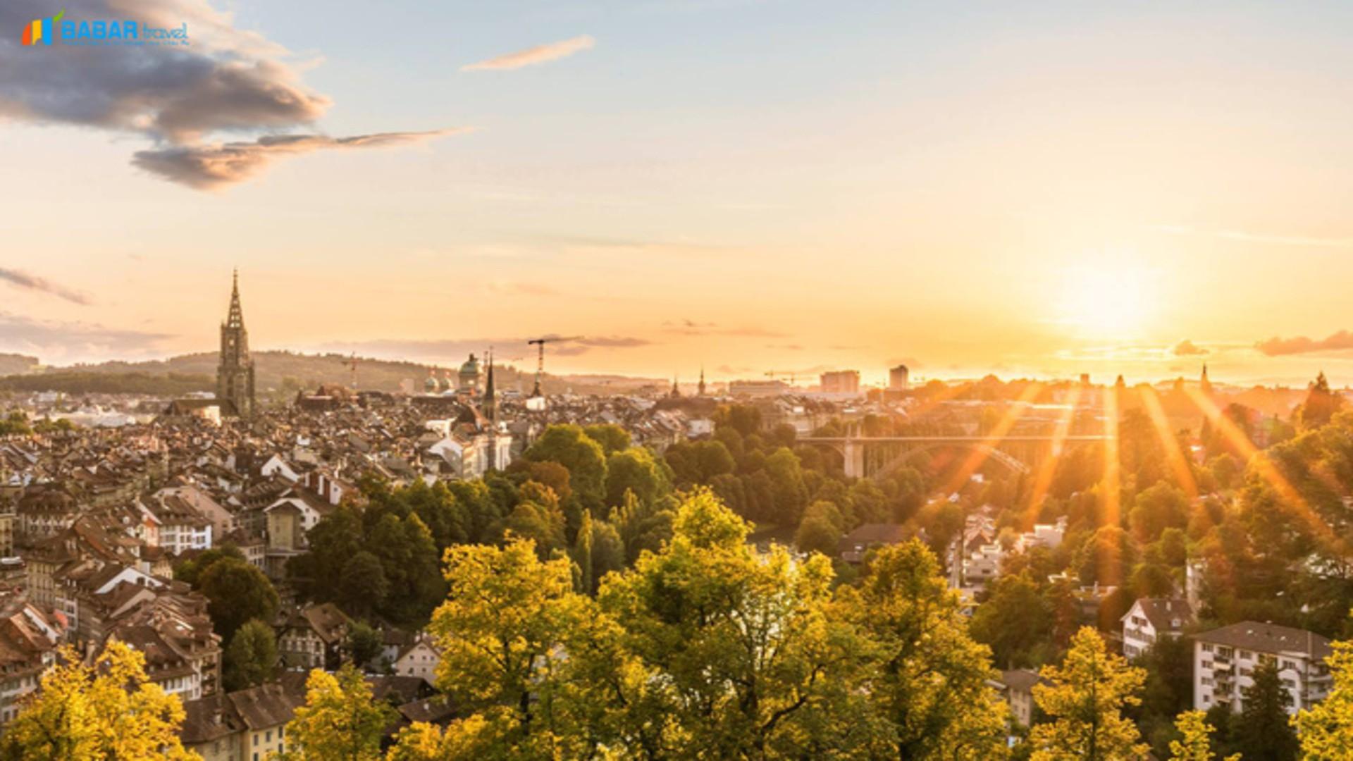 Bern - thành phố cổ kính và yên bình nhất Thụy Sĩ